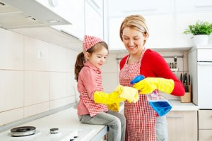 creating a family cleaning schedule